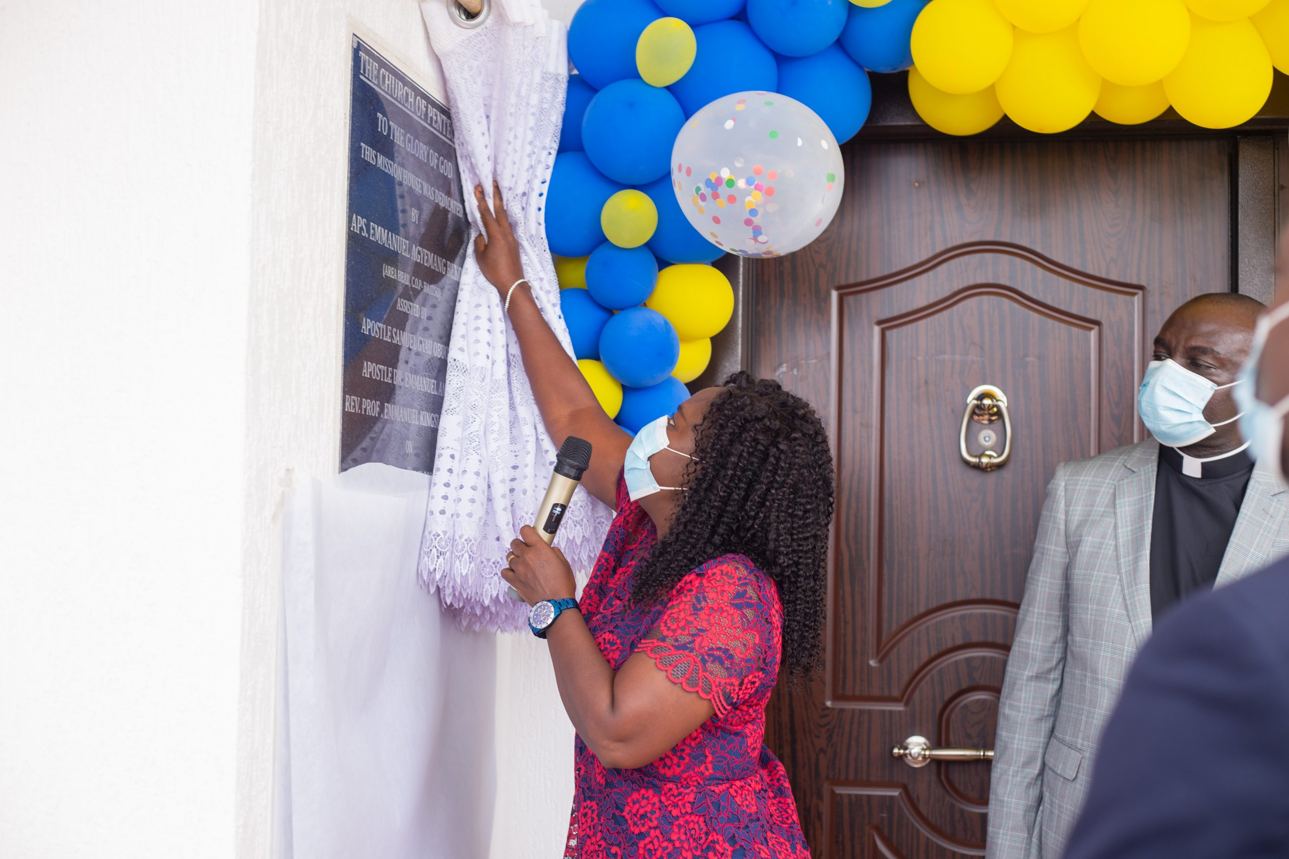 The Pentecost International Worship Centre (PIWC) Atomic has dedicated its newly constructed mission house at Ashongman Estate on Sunday 30th May 2021.